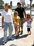 HQ celebrity pictures Faith Hill