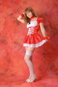 http://img177.imagevenue.com/loc342/th_829278471_tduid300163_Silver_Sandrinya_maid_2_015_122_342lo.JPG