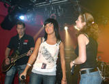 TATU IMAGENES Th_73501__tatu_perform_in_club_addict_in_tokyo_046__123_529lo