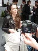 http://img177.imagevenue.com/loc560/th_819122763_Natalia_Oreiro_Press_Meeting_Cannes3_122_560lo.JPG