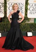 http://img177.imagevenue.com/loc573/th_73876_Julia_Stiles_68th_Annual_Golden_Globe_Awards_003_122_573lo.jpg