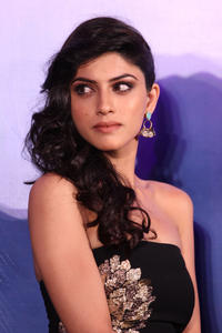 th 524557333 sapna pabbi 12 122 68lo.jpg