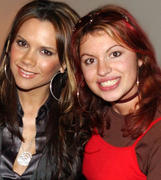 VB & her fans (pix through the years) Th_532343231_a1_122_83lo